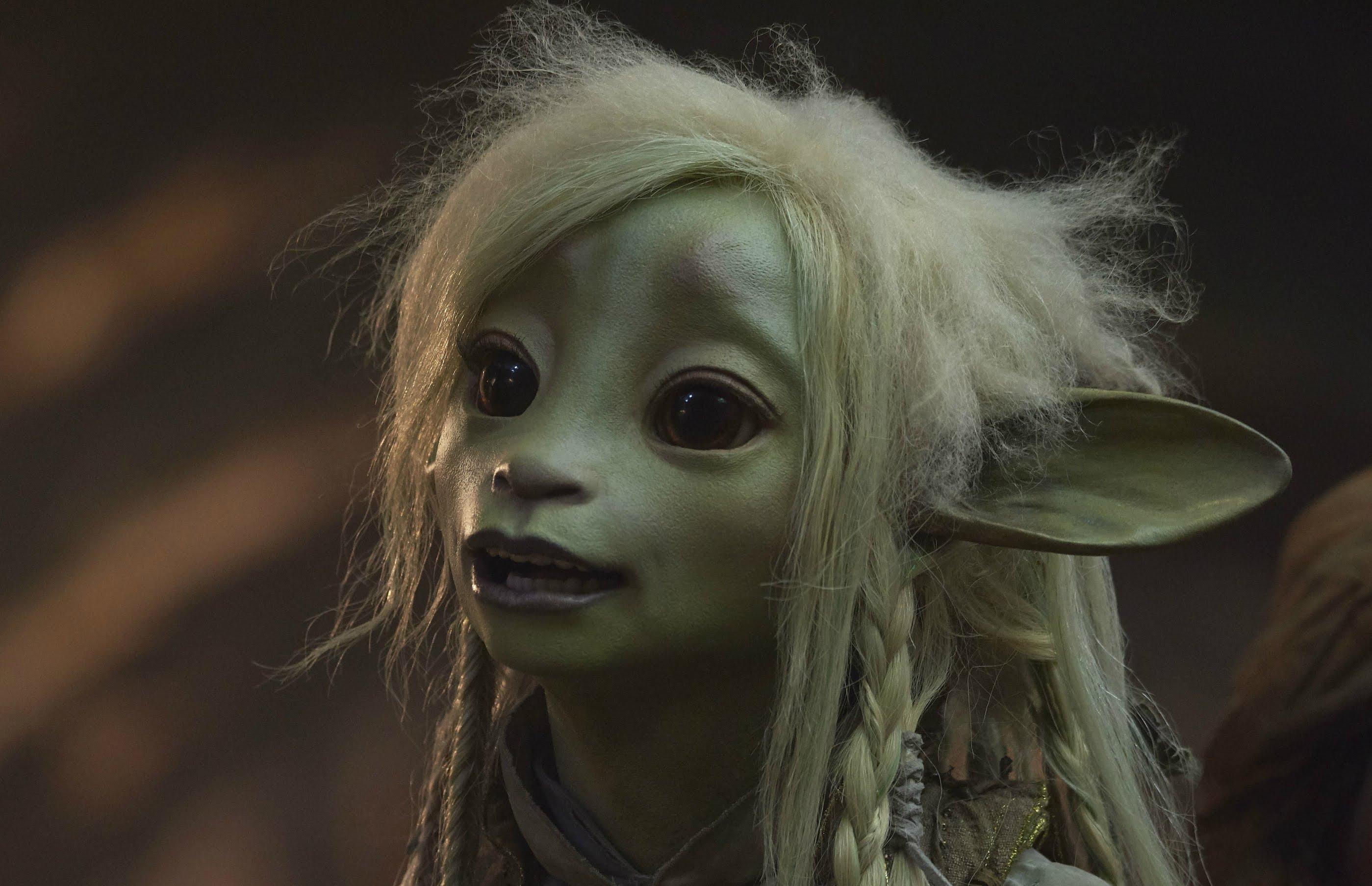 The Dark Crystal : 80年代の人気ファンタジー映画「ザ・ダーク・クリスタル」の前日譚を描く新シリーズ「エイジ・オブ・レジスタンス」が、ゲルフリン族の主人公たちの写真の初公開にあわせて、アニヤ・テイラー=ジョイをはじめとする豪華な声優陣のキャストを発表 ! !