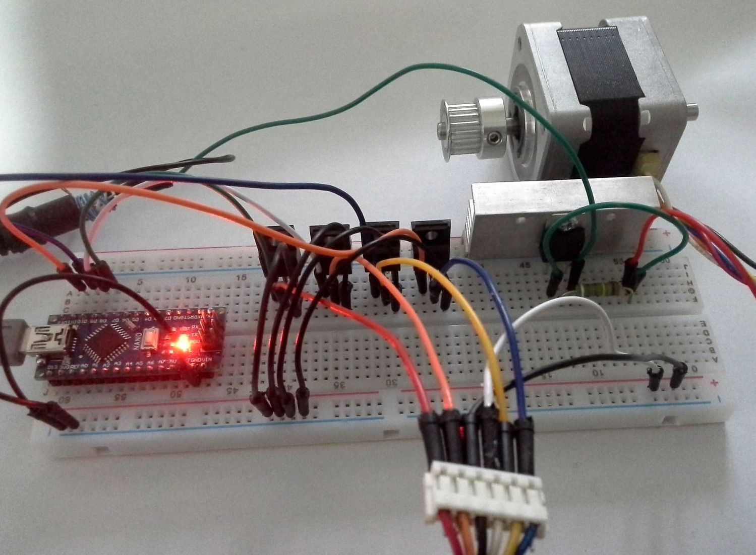 Unipolar stepper motors arduino code and driver one for Unipolar and bipolar stepper motor