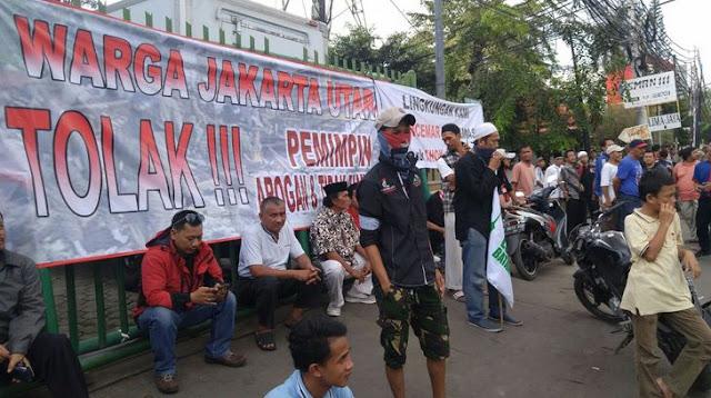 Warga Jakarta Utara Tolak Ahok