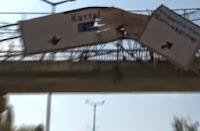 İstanbul Kartalda Üst Geçide Çarpan Damperli Kamyon Haberi