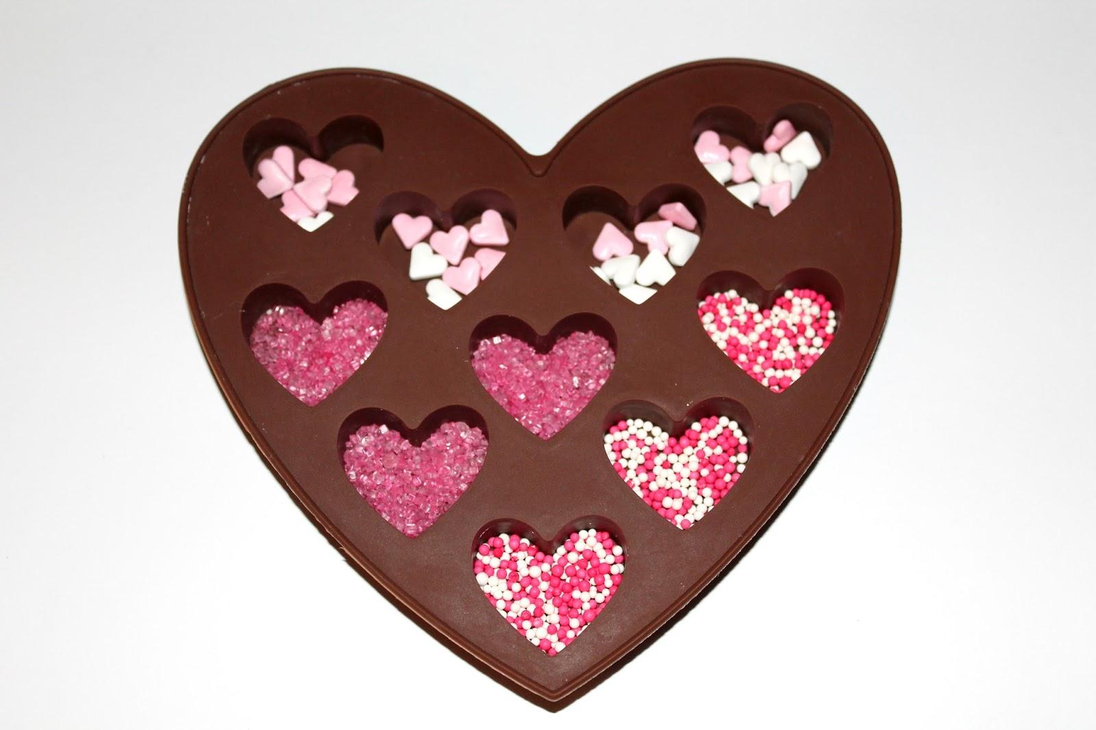 DIY: Schokoladenherzen als perfekte Geschenkidee - DIYCarinchen