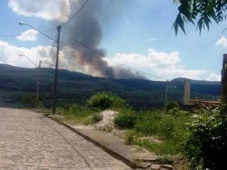 Fogo região entre o Vale do Pati e Andaraí