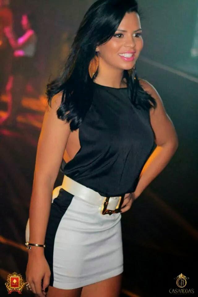 Alessandra Ribeiro Pictures 30
