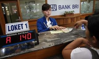 Gaji Karyawan Bank BRI,pegawai bank bri,bank bri,pegawai bank bri outsourcing,rata rata gaji pegawai bank,gaji bank bni,pegawai bank bca,standar gaji bank,daftar gaji pegawai bank,gaji pegawai,