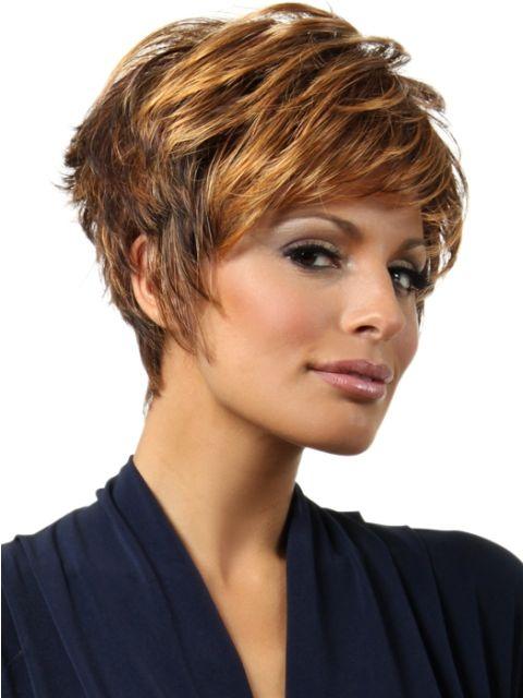 Corte de pelo corto para mujer mayor