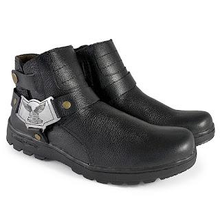 sepatu touring,sepatu treking kulit asli,model sepatu adventure,sepatu safety keren,model sepatu touring 2018, sepatu kulit naik motor gede,gambar sepatu touring 2018