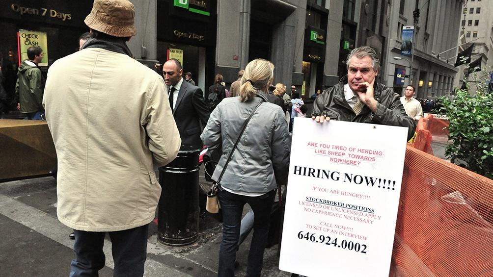 En EE.UU, Otras 5,2 millones de personas piden seguro de desempleo y suman 22 millones