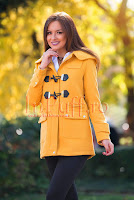 Palton galben dama cu buzunare si capse