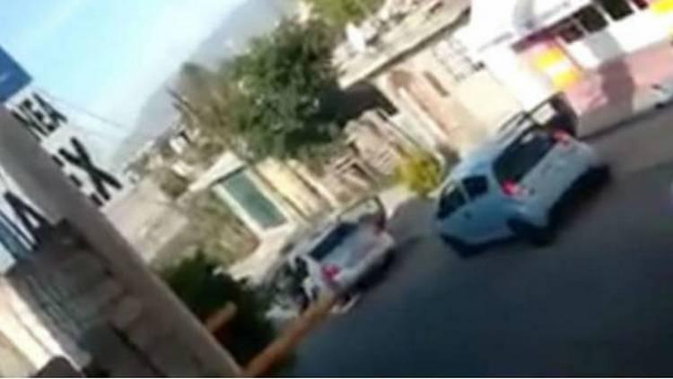 Video: Comando priva de la libertad a una mujer frente a sus dos hijos en Tehuacán, Puebla.