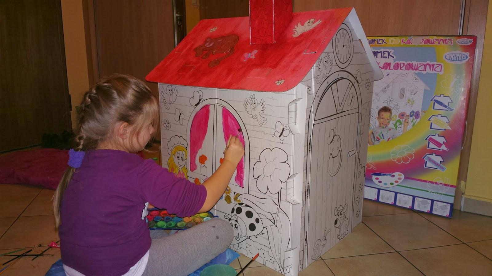 Malujemy domek z kartonu