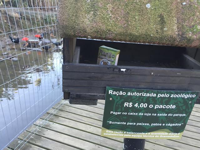 Ração fornecida e autorizada pelo zoo de Gramado para alimentar os animais.