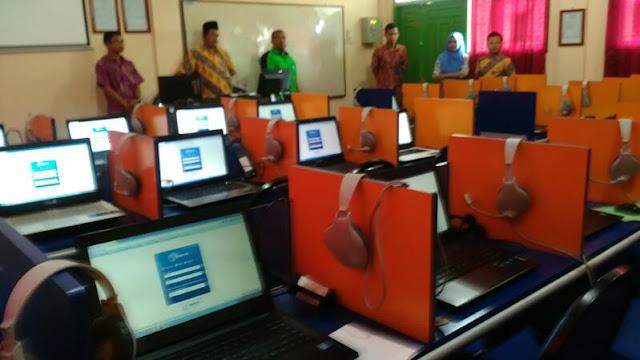 UNBK SMK Kabupaten Grobogan Berjalan Lancar