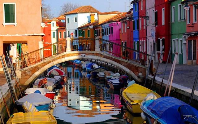 Ilha de Burano em Veneza