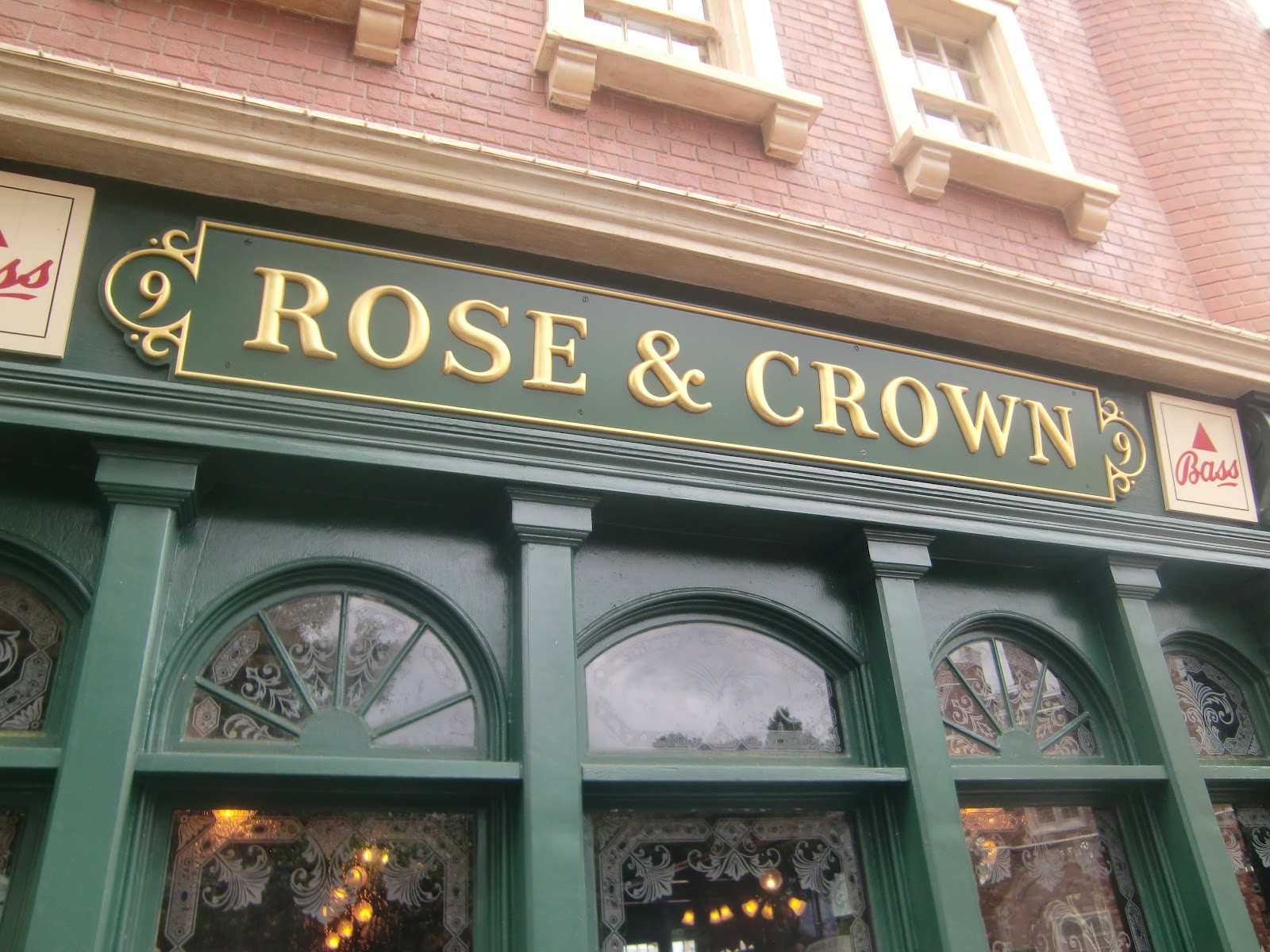rose and crown dining room | Let the Memories Begin: Rose and Crown Dining Room and Pub