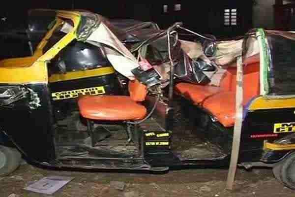 दो ऑटो-रिक्शा में जोरदार भिडंत, पत्रकार की दर्दनाक मौत