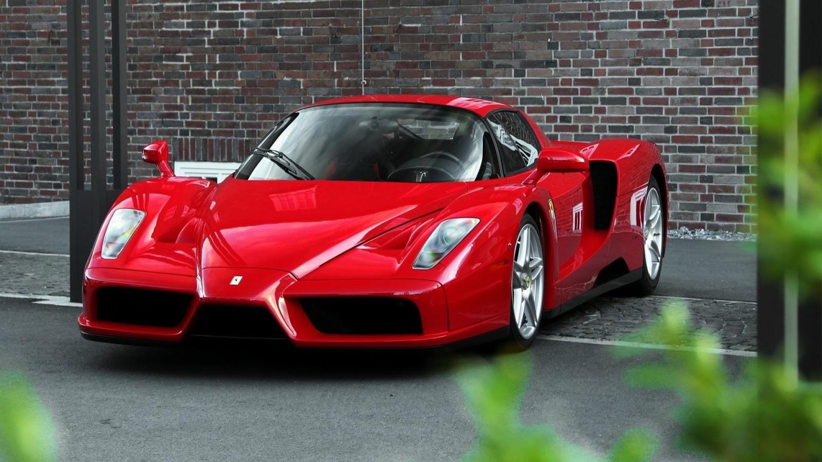 Gambar Transportasi  Gambar Mobil Sport Ferrari Enzo
