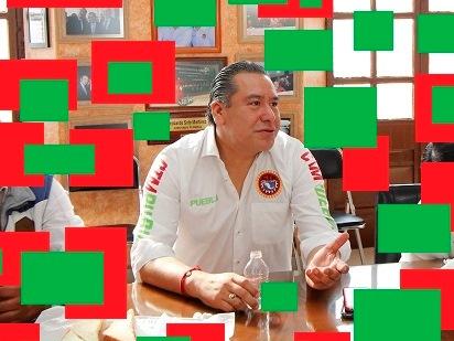 Líder charro de la CTM critica marinismo