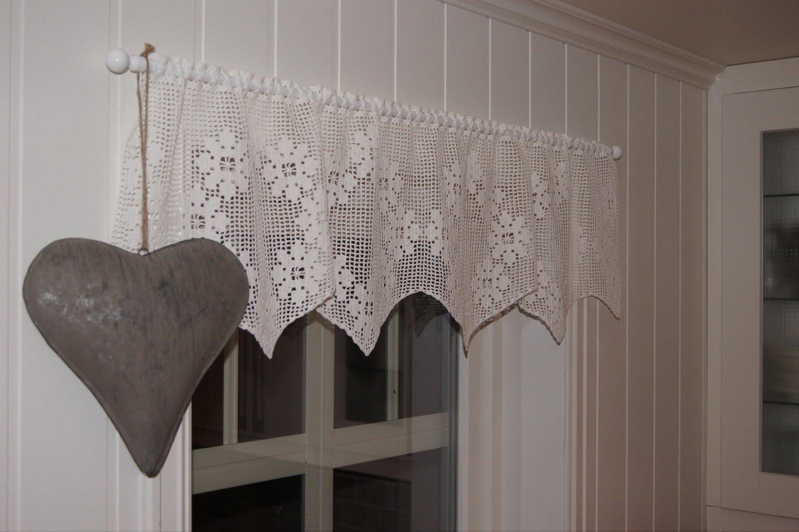 Utmerket Huset på Bergheim: Hekla gardinkappe EE-96