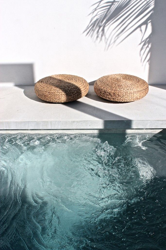 Turquoise pool waters, minimalistic outdoor design | Mon Palmer
