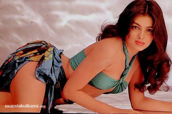 Mamta kulkarni hot sexy in bra, moms fingering