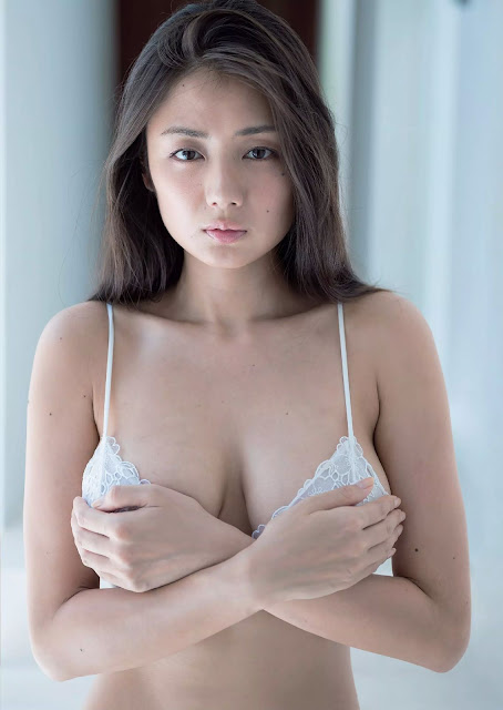 Moemi Katayama 片山萌美 Ningyo no Koi 人魚の恋 Photos 04