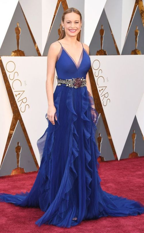 Brie Larson in a blue Gucci gown at the Oscars 2016