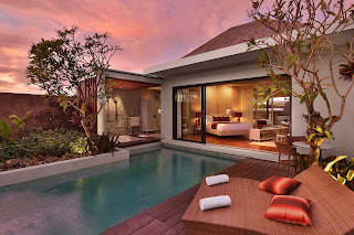 Hotel Career - Butler at Berry Amour Romantic Villas