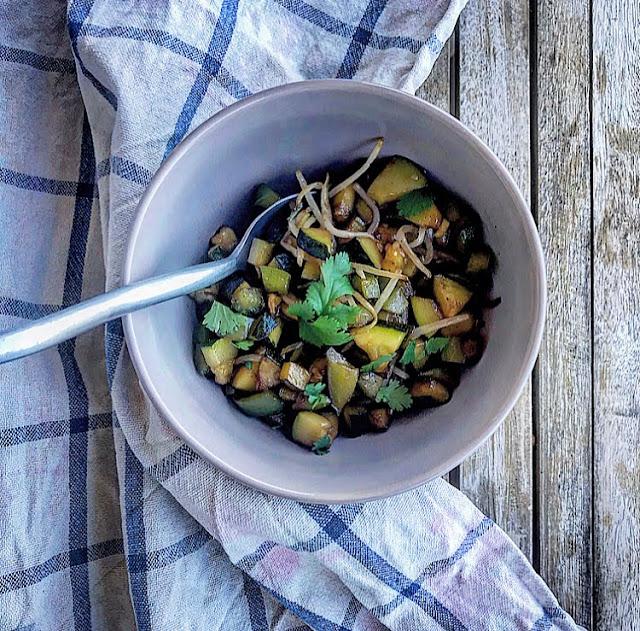Légumes d'été sautés au miel & au gingembre charlotte and Cooking