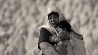 Memberikan ungkapan kaming untuk ibu berbentuk puisi merupakan hal yang wajar diberikan o 8 Puisi Ibu Sedih, Mengharukan, dan Ungkapan kaming Untuk Ibu