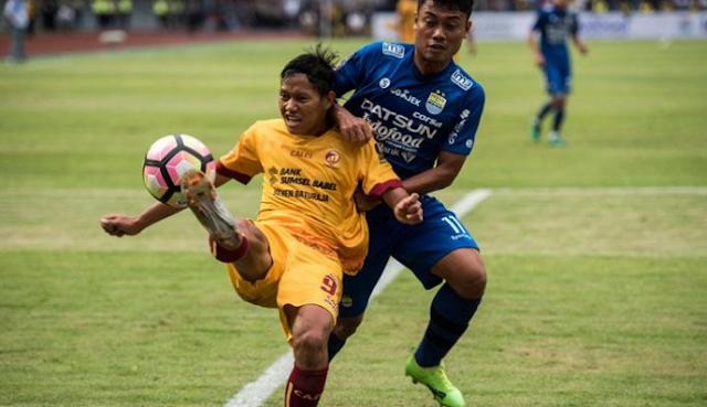 AGEN BOLA - Dedi Optimis Persib Bangkit di Liga 1 2018
