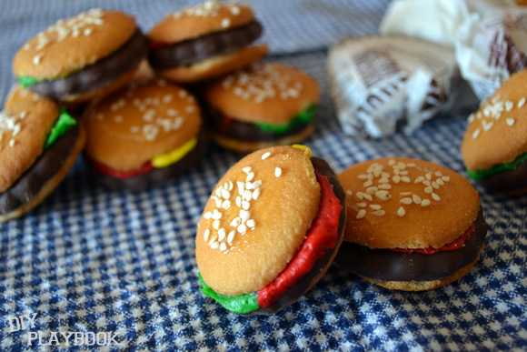 Mini Hamburger Cookies