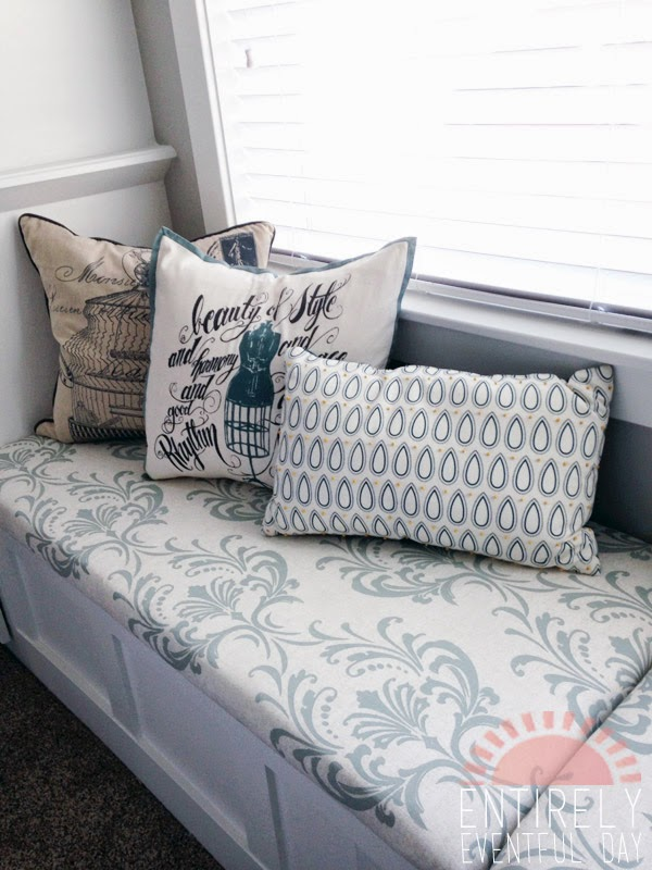 how to make an easy diy bench cushion entirely eventful day. Black Bedroom Furniture Sets. Home Design Ideas