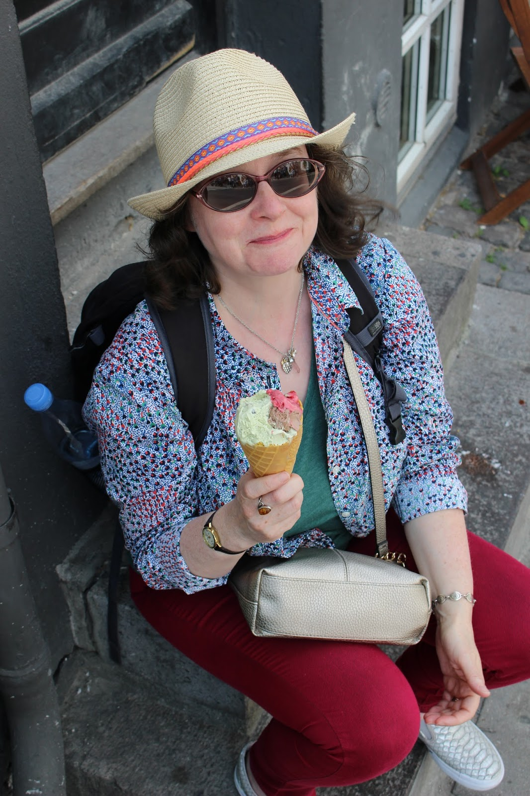 Dorothy Perkins Petite Jeans, Boden Petite Shirt, | Petite Silver Vixen eating ice cream