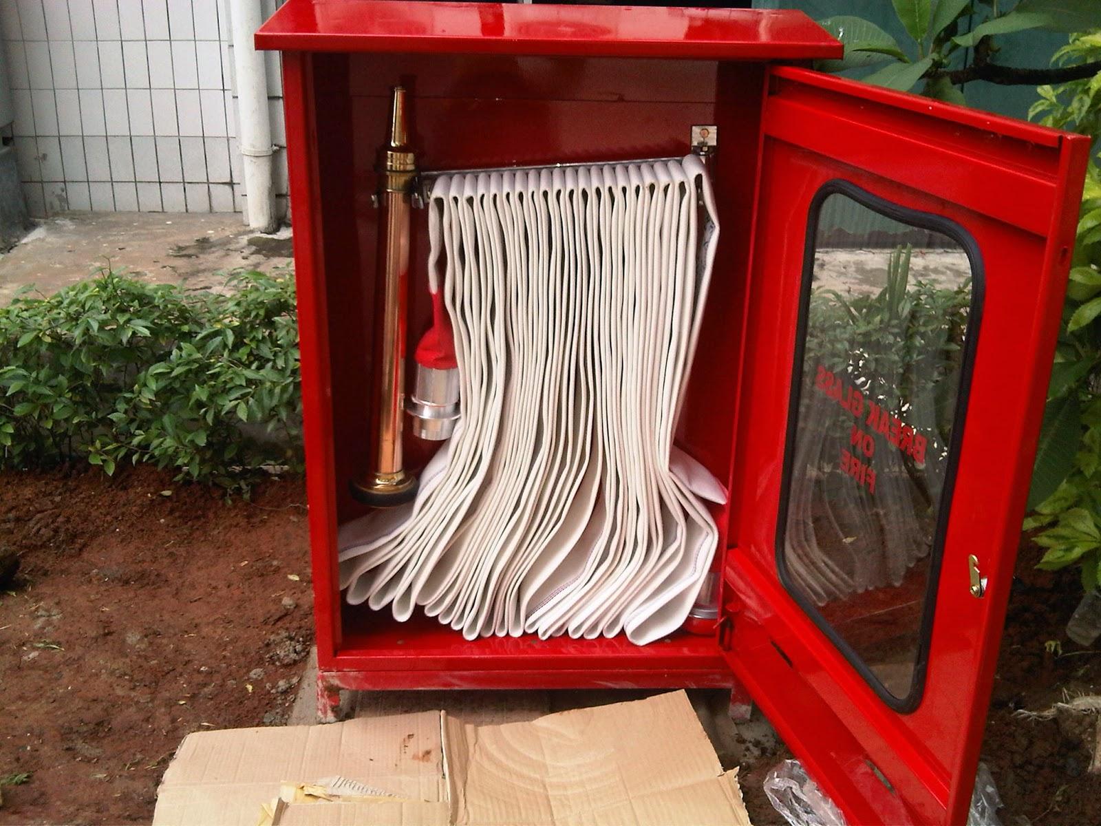 ialah salah satu perlengkapan dari Fire Hydrant System dimana untuk penempatan pemasanga HOSE RACK - PERLENGKAPAN FIRE HYDRANT SYSTEM