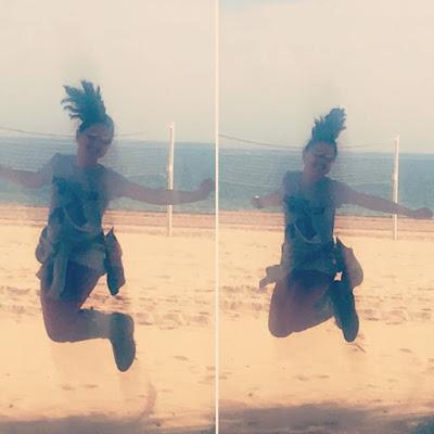 Playa, diversión, familia, saltos, agua, arenales del sol, sol, sabado,