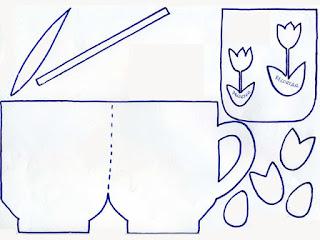 Manualidades-infantiles-Tarjeta-de-taza-con-flores-molde
