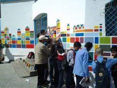 بسبب الانتخابات الداخلية تزيل ابداع فني لاستاذ وتلامذته من على حائط لثانوية اعدادية