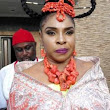 Liz Benson steps out as the queen in new TV series (photos)