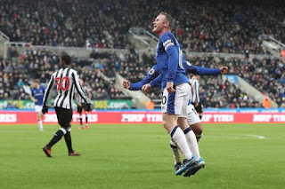 Everton vs Newcastle live stream info