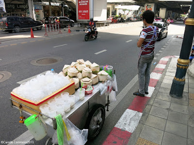 Food on wheels, refreshing fruit in Bangkok