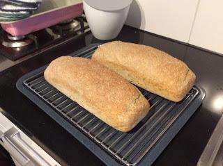 zuurdesembrood niet kneden