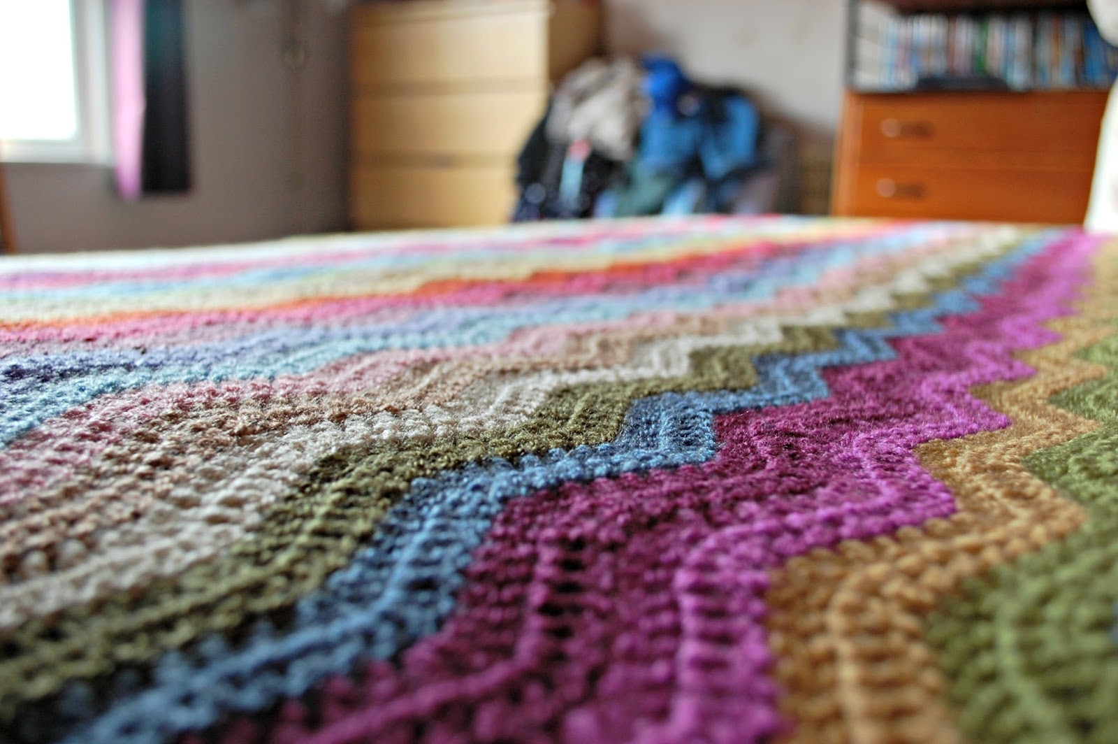 the geeky knitter: fo: attic 24 ripple blanket