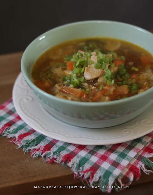 lekka zupa z kurczakiem, co na obiad, proste i szybkie przepisu na obiad, błyskawiczna zupa, daylicooking