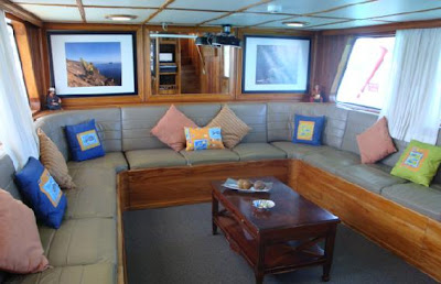 Tours Galápagos Yates de primera clase Crucero Yate Tip Top III