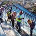 Lavan trabajadores municipales Sinfonía del Mar, para recibir al turismo como se merece
