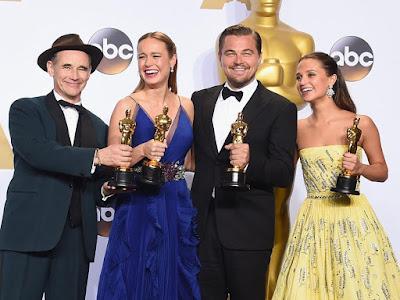 Oscar 2016: 'El renacido' y 'Spotlight' se reparten el triunfo. MÁS CINE. Making Of.