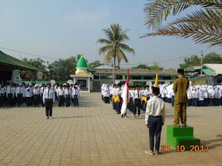 OSIS SMP Islam Fathonul Burhan Karawang Resmi di Lantik