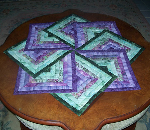 Spinning Star Table Topper free Tutorial