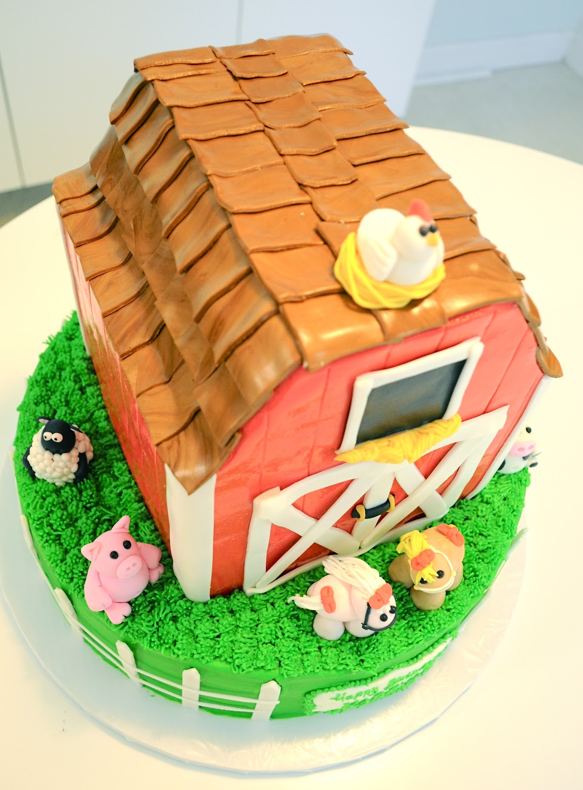 Megmade Cakes Karsyn Amp Payslie S Barn Cake And Animal