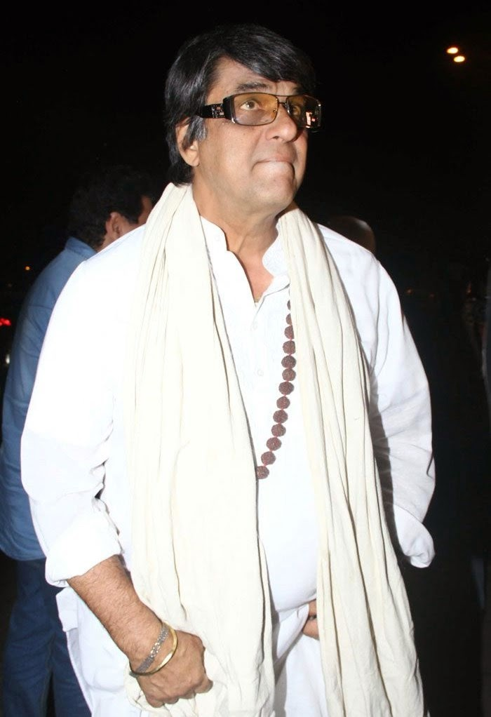 Mukesh Khanna, Pics from Condolence Meeting of Late Filmmaker Ravi Chopra